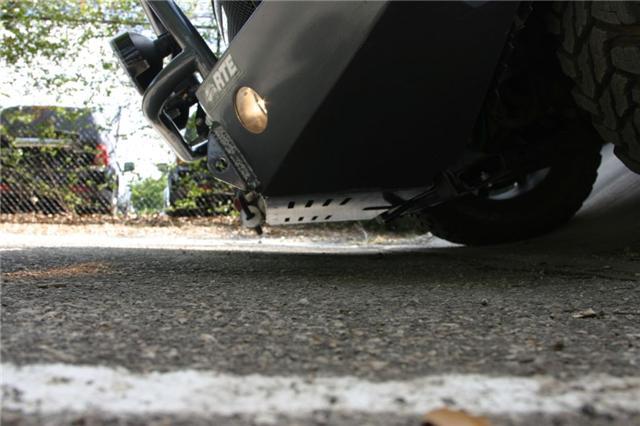 LR3 front bumper 2