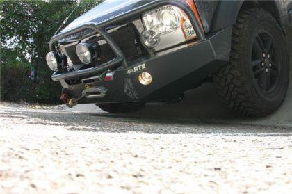 LR3 front bumper 3