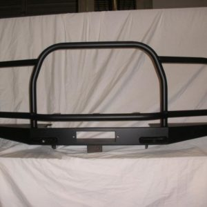 Front bumper with full brush bar