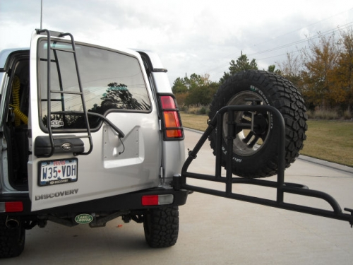 Discovery 2 swing away rear bumper back view open