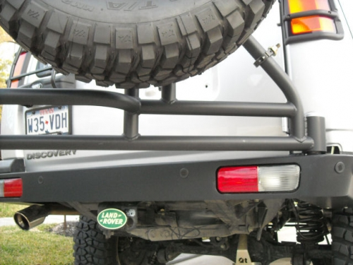 Discovery 2 swing away tire rear bumper back view